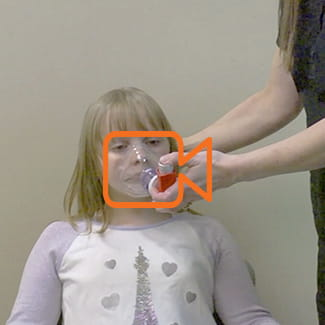 How to Use an Inhaler With Spacer and Mask